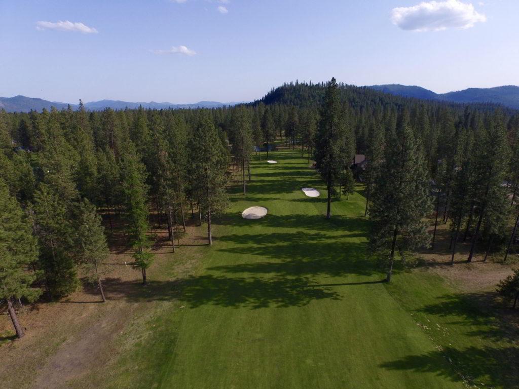 Aerial photo - 14th hole on the 18 hole course